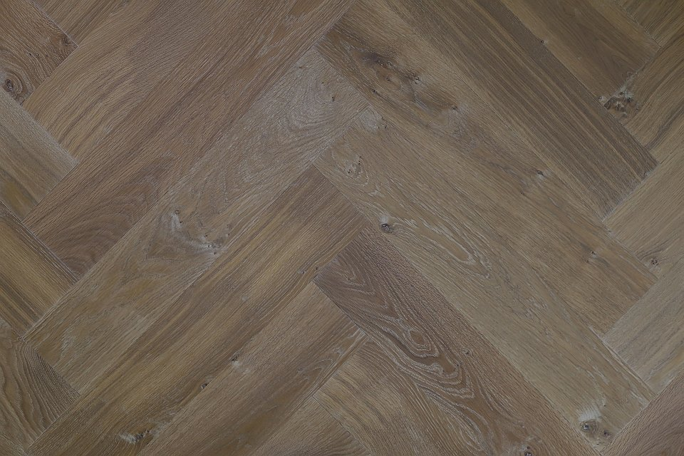 Eikenhouten Visgraat Vloer : Eiken visgraat vloer de houtlijn